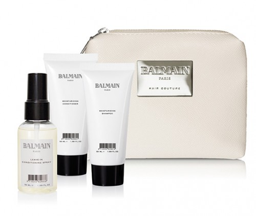 BALMAIN HAIR. Mini kosmetyczka, a w niej: nawilżający szampon 50 ml, nawilżająca odżywka 50 ml, odżywka w sprayu bez spłukiwania 50 ml. Cena zestawu ok. 150 zł