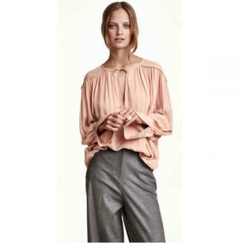 Szyfonowa bluzka, H&M, cena: 149 zł.