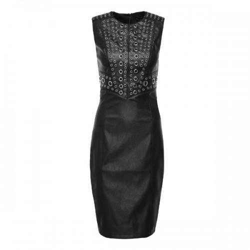 Czarna sukienka z metalowymi kółkami, Mohito, cena: 219,99 zł.