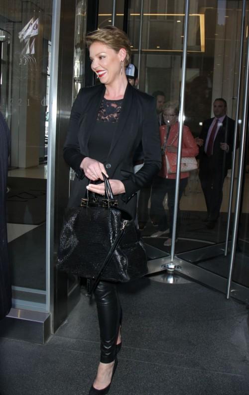 Katherine Heigl w czerni