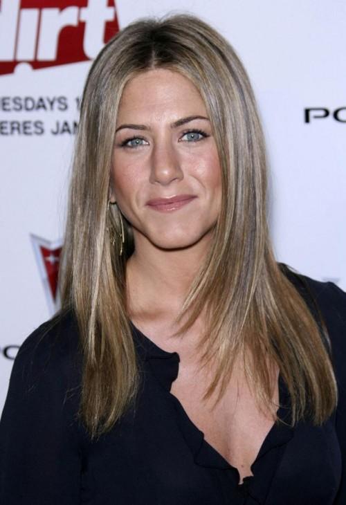 Jennifer Aniston, makijaż, fryzury
