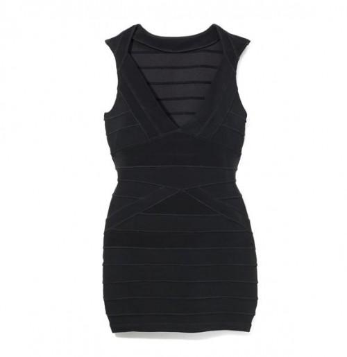 85c97bc9cd Dostaniesz tam sukienkę w wersji odrobinę krótszej za jedyne 99