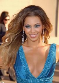 Beyonce Knowles, makijaż, fryzury