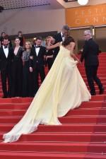 Festiwal w Cannes: Amal Clooney w żółtej sukni
