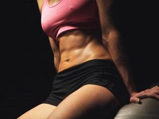 Ćwiczenia modelujące ciało - najlepsze propozycje - uda talia brzuch