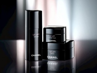 Le Lift, Chanel serum