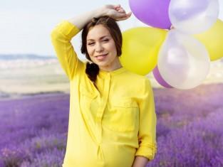 Włosy w ciąży - 7 faktów i mitów