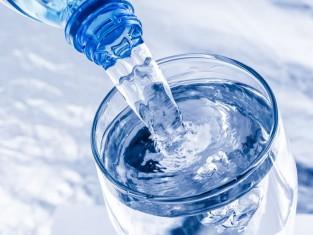 nietypowe zastosowania wody gazowanej