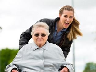 Agencja opiekunek dla seniorów za granicą
