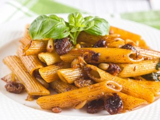 penne z anchois przepis, przepis na penne z anchois, makaron z anchois