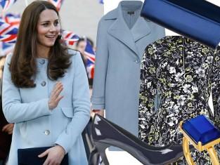 Księżna Kate w błękitnym płaszczu