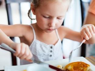 Jak namówić dziecko do jedzenia - 11 sposobów