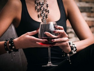 jak dobierać wino, jak dobrać wino do potrawy, dobieranie win do potraw