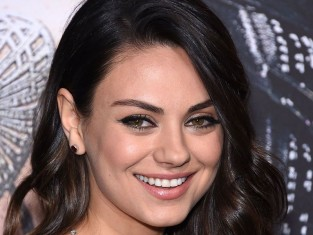 Mila Kunis jest w drugiej ciąży i to bliźniaczej