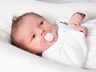 Jak często karmić noworodka
