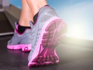 jak prać sportowe buty, jak prać obuwie sportowe, jak czyścić buty sportowe