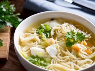 zupa rybna przepis, przepis na rybną zupę, zupa rybna z makaronem, jak zrobić zupę rybną
