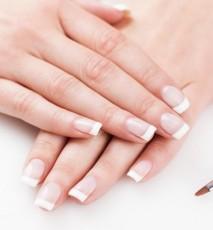 Francuski manicure na 3 sposoby