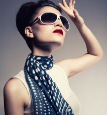 Wiązania apaszek i chust - modne wiązania krok po kroku