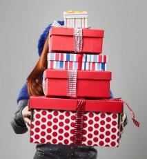 Świąteczne prezenty - zalety kupowania ich wcześniej