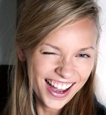 Jak odmłodzic uśmiech?