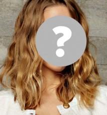 Jessica Mercedes dla Guess