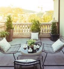 aranżacja balkonu, jak zaaranżować balkon, kwiatowe aranżacje na balkon