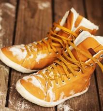 Jak dbac o buty zimą