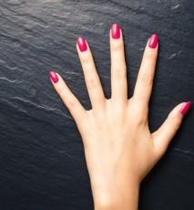 kobieta dłoń