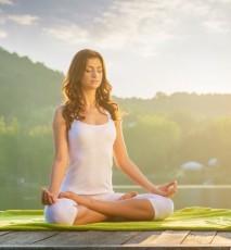 dlaczego warto trenować jogę