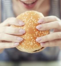 Jedzenie kompulsywne - objawy i leczenie - rozwiąż test