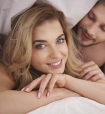 x myśli, które przychodzą kobietom do głowy podczas seksu