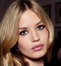 Jak powiększyć usta makijażem