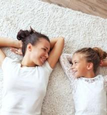 jak wyczyścić jasną wykładzinę, jak wyczyścić jasny dywan, czyszczenie wykładziny