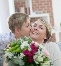 Znaczenie kwiatów - jakie kwiaty kupić mamie na Dzień Matki