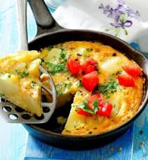 hiszpański omlet z ziemniakami przepis, przepis na hiszpański omlet z ziemniaków, tortilla hiszpańska