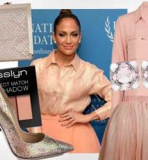 Jennifer Lopez w brzoskwiniowej stylizacji