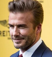 Beckham najseksowniejszym mężczyzną świata - jak zareagował video