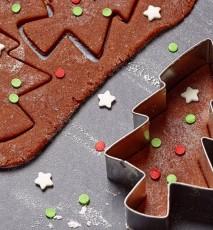 pierniczki świąteczne przepis, przepis na świąteczne pierniki, pierniczki na boże narodzenie