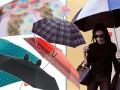 Victoria Beckham z parasolką