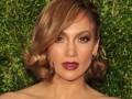 Jennifer Lopez w nowej fryzurze - ma bardzo krótkie włosy