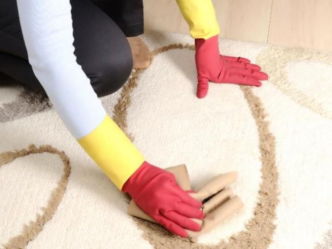 rady pani domu, czyszczenie dywanu
