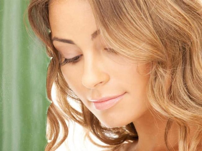 aloes na włosy, pielęgnacja włosów, naturalne sposoby, aloes włosy
