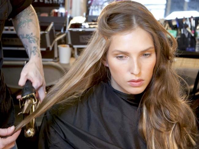 loki idealne, jak zakręcić loki, lokówka, porady fryzjerskie