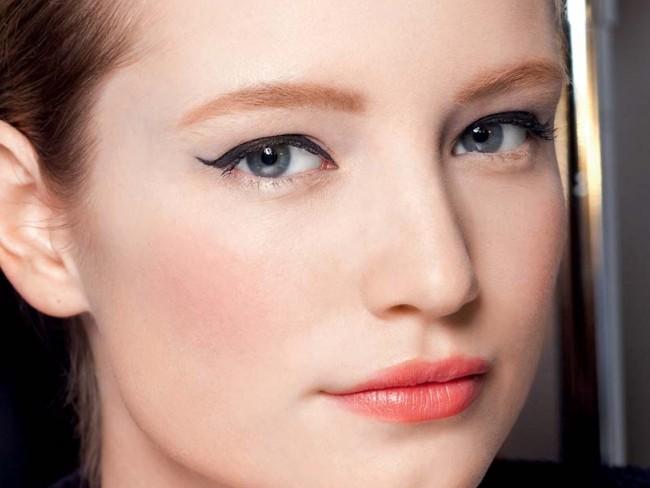 morelowe usta, makijaż ust trendy 2012