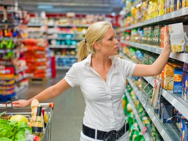 Oszczędzanie na jedzeniu - zdrowe jedzenie czy opłata rachunków
