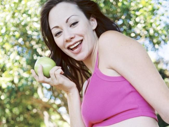 kobieta, ciąża, owoce