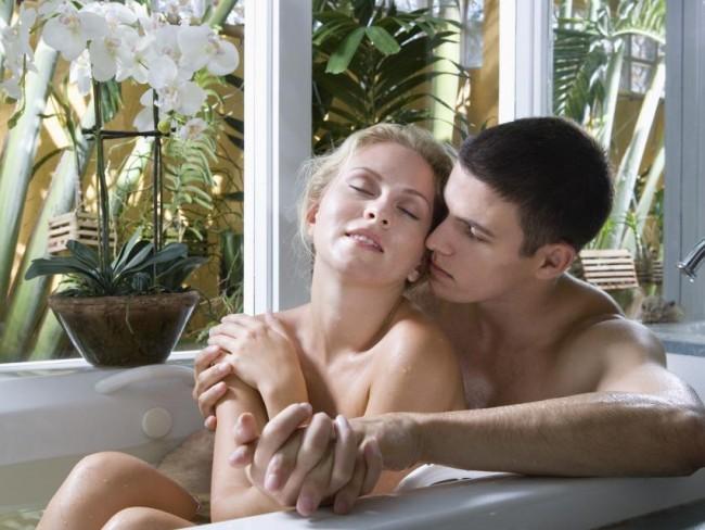 Наиболее распространенным видом секса в воде, безусловно, является секс в в