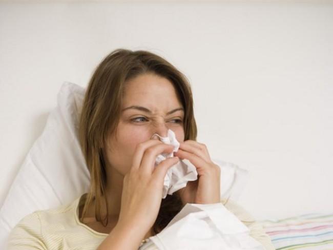katar, przeziębienie, kichanie