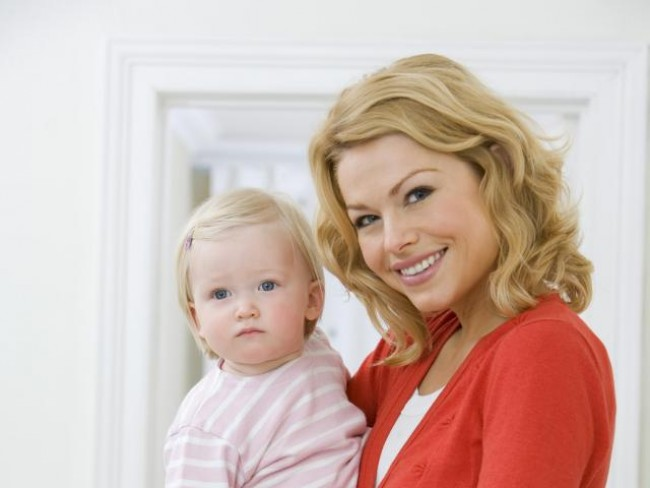 mama, dziecko, maluch, praca, urlop macierzyński, prawa samotnej matki, urlop wychowawczy